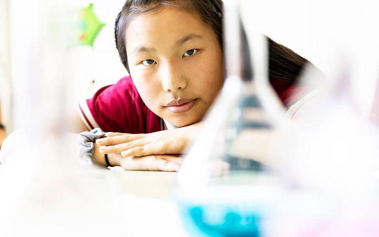 colegio-areteia-instalaciones-aulas-y-laboratorios